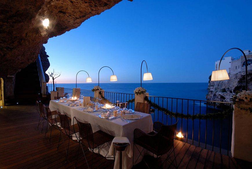 stunning photos of italian-cave-restaurant-grotta-palazzese-polignano-mare 1