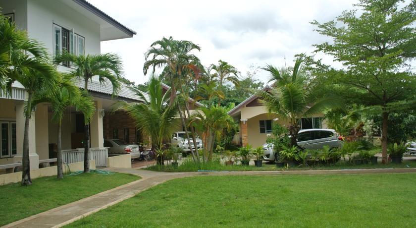 tao's residence chiangmai thailand travel destinations
