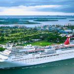 10 easy tips on how to save money on a cruise ship