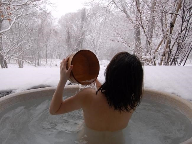 top 12 things you should keep in mind when traveling to Japan onsen