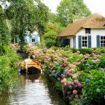 10+ captivating of Giethoorn village in Netherlands. The village without roads!