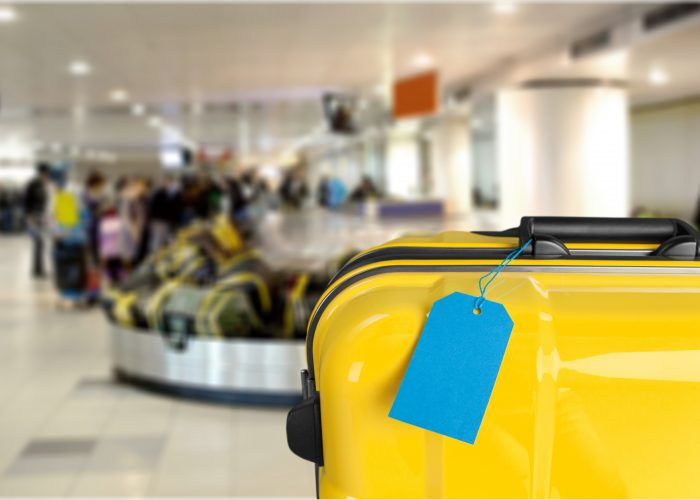 10.-Not-marking-your-luggage-airport airline travel tips