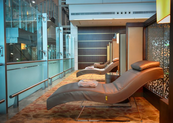 8.-Not-buying-a-pass-to-the-airport-lounge-airport airline travel tips
