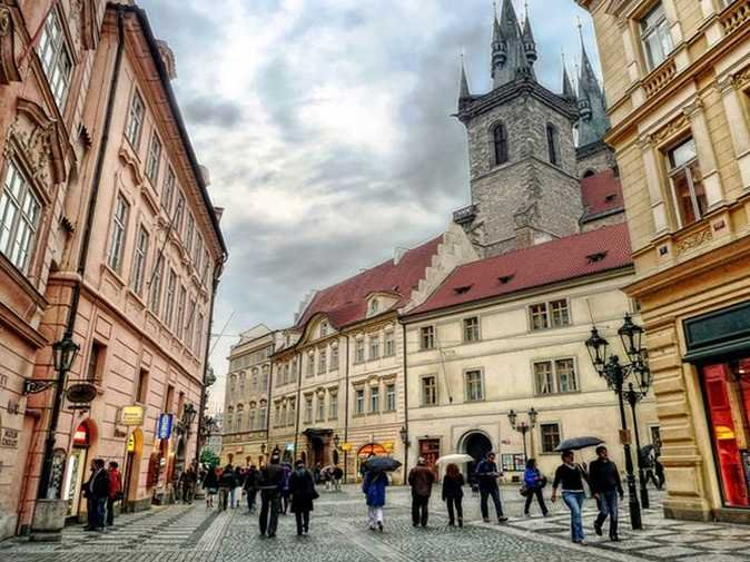 9-czech-republic top 10 fastest internet countries in the world