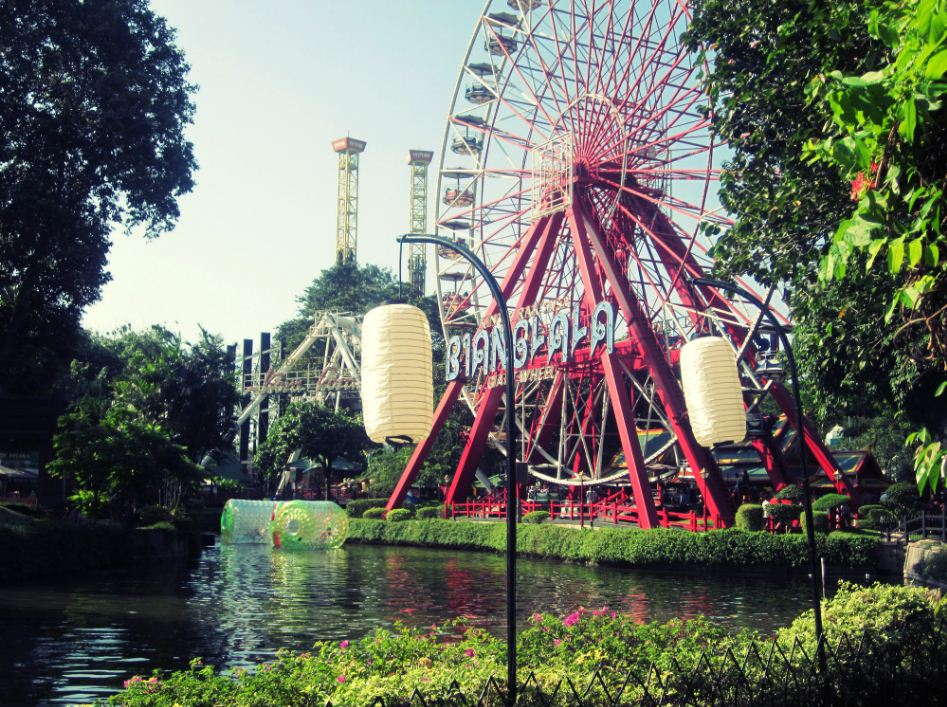 Ancol Dreamland Indonesia tourist attractions things to do map guide adress opening hours (1)