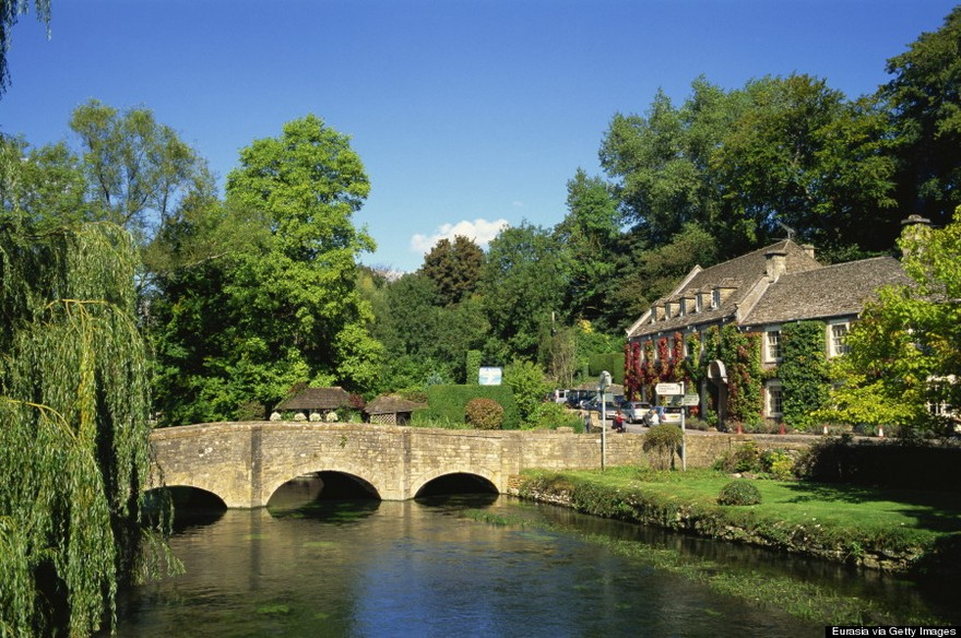 Bibury most beautiful charming ancient village in England the world photos photography uk (27)