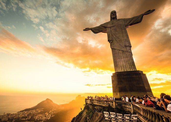 Christ-the-Redeemer-places-see-rio-de-janeiro