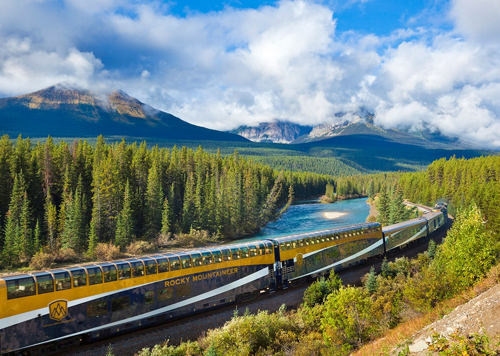 canada photo photography travel Edited-Rocky-Mountaineer-train-DFTMEY