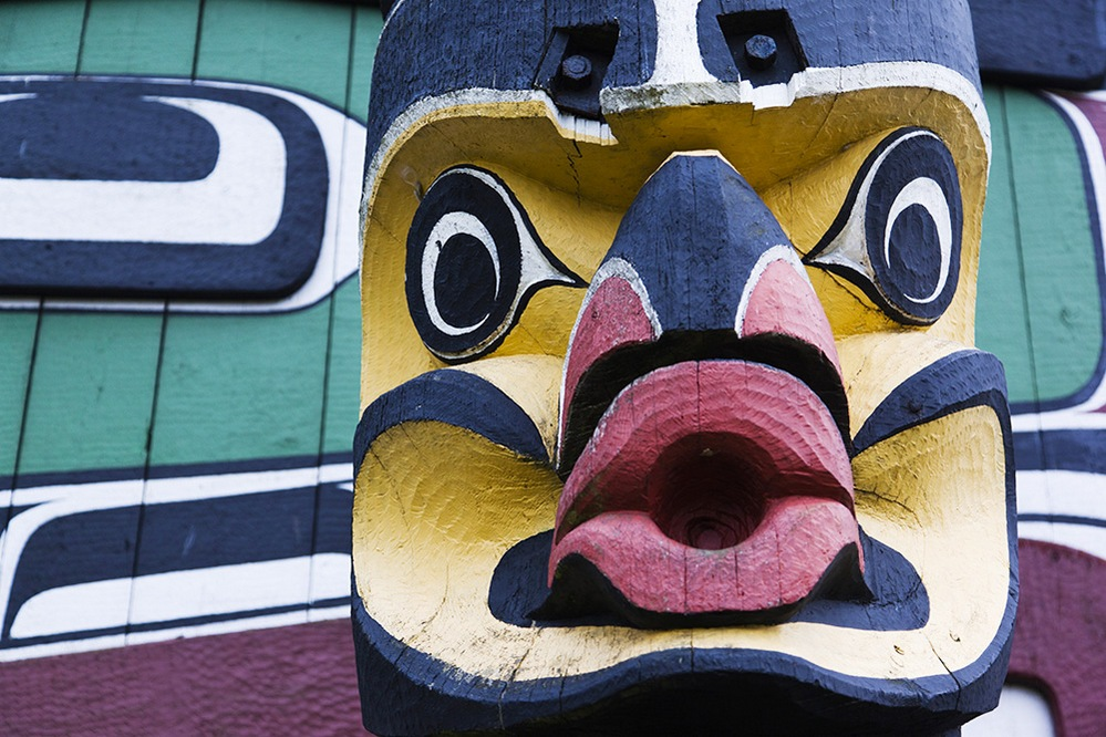 canada photo photography travel Edited-Victoria-Totem-Pole-AWL_CA01137