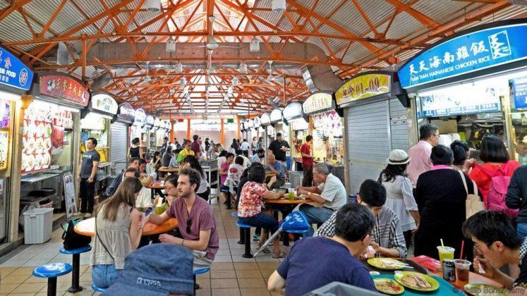 Hainanese chicken rice singapore national dishes 1
