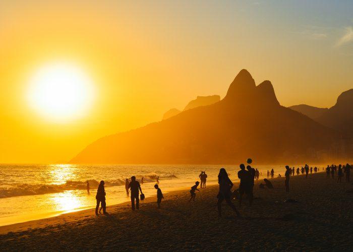 Copacabana-Beach-places-see-rio-de-janeiro