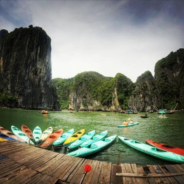 Kayak Halong bay, vietnam