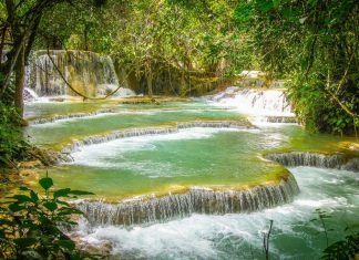 Kuang Si waterfall of Laos tourist attractions