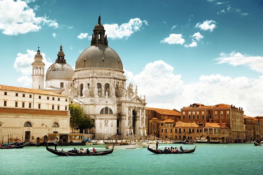 basilica-santa-maria-della-salute best free things to do in venice italy