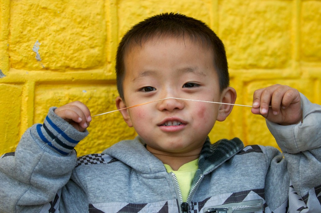 kid bhutan travel photo photography happiest country in the world 6