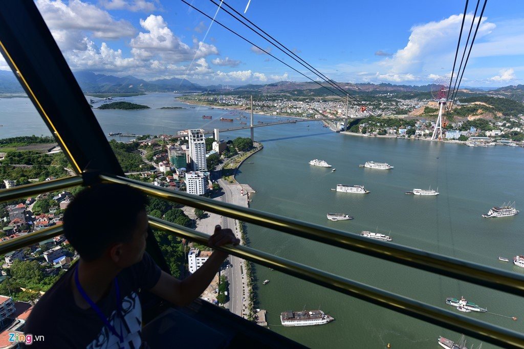 cable car, halong bay, vietnam