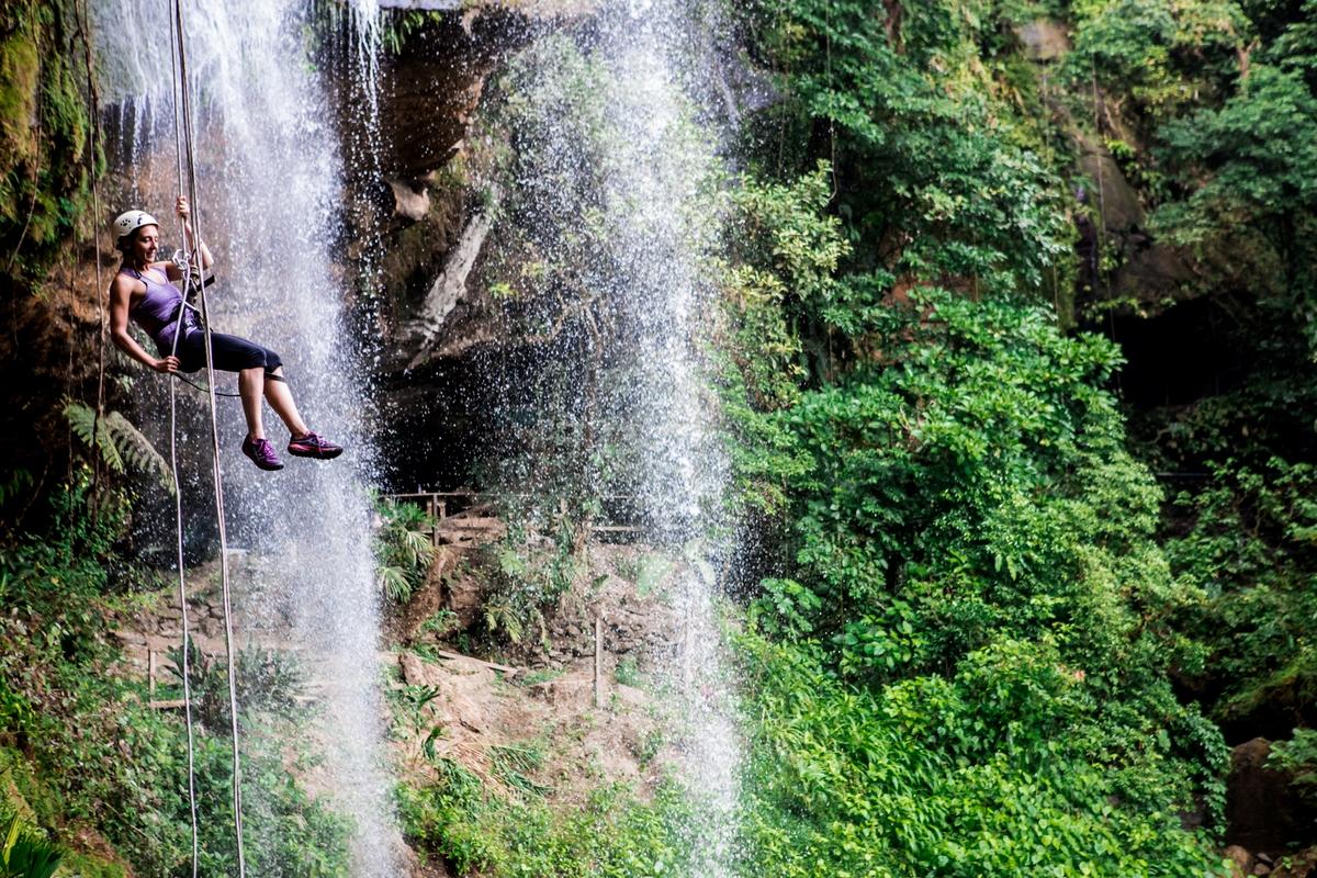 costa rica adventure kiking trekking photography 12