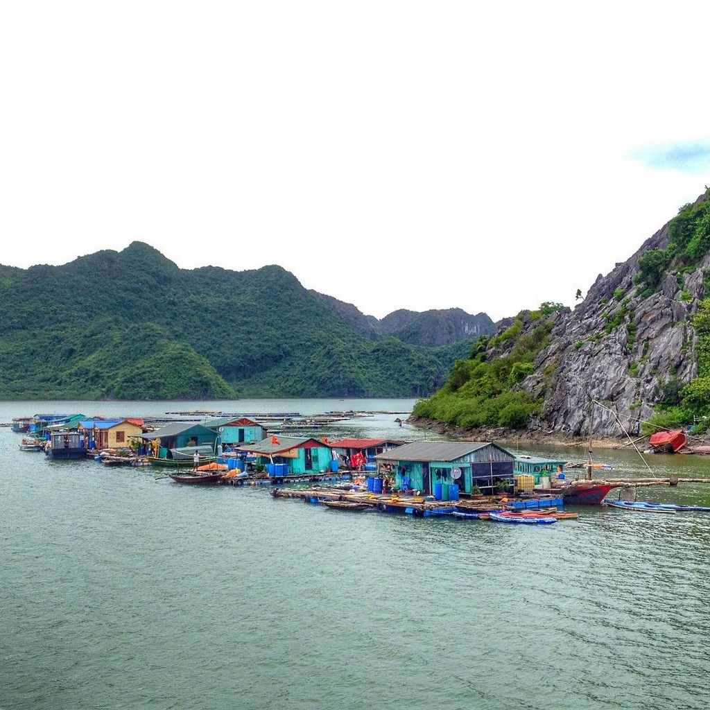 fishing villages, halong bay, vietnam