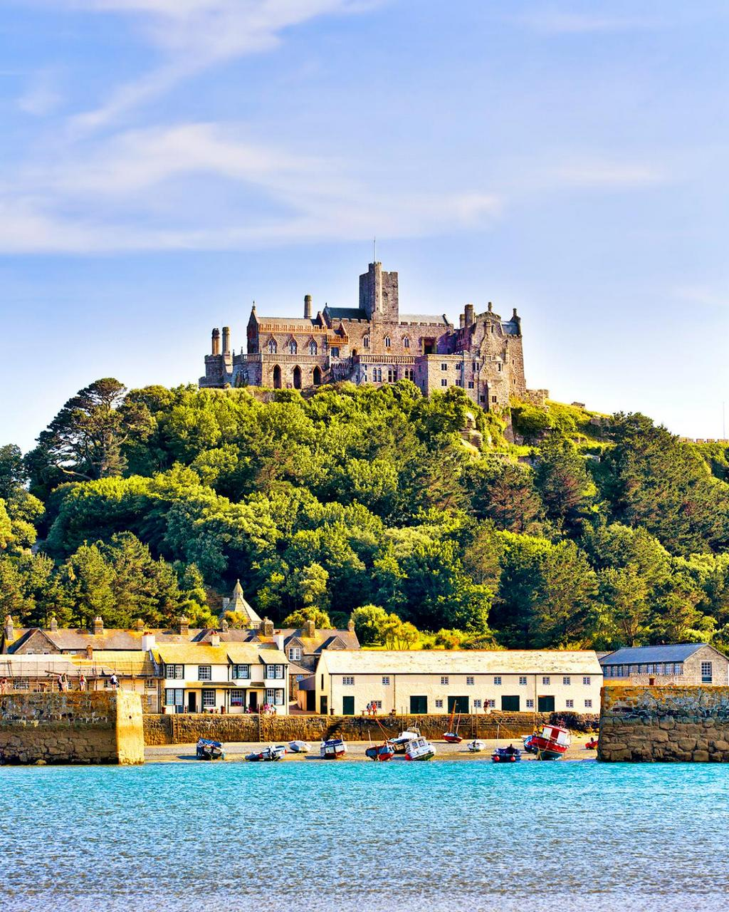 iStock_000059113436-top-10-castles-michaels-mount.jpg.rend.tccom.1280.1600