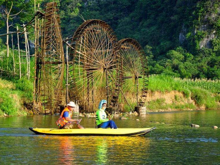 kayak, Pu Luong Retreat, Thanh Hoa, Vietnam
