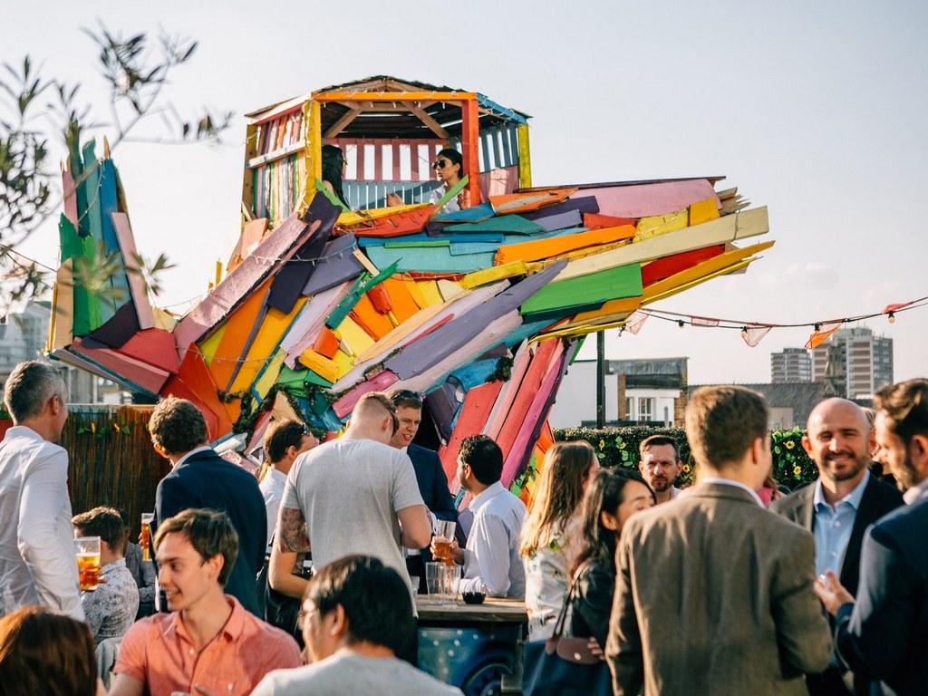 london-rooftops-queen-of-hoxton-cr-Justin-De-Souza best rooftop bars in london