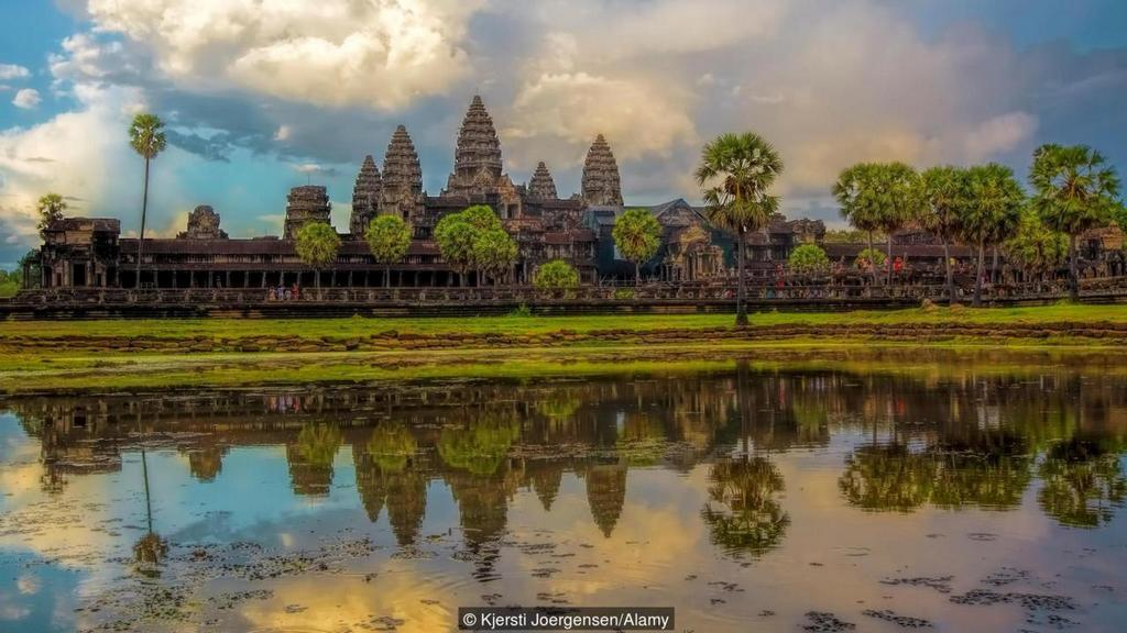 cambodia ranked the most emotional countries in the world (9)