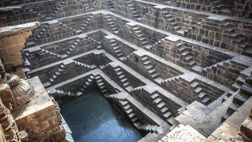 symmetrical steps of india chand baori stepwell