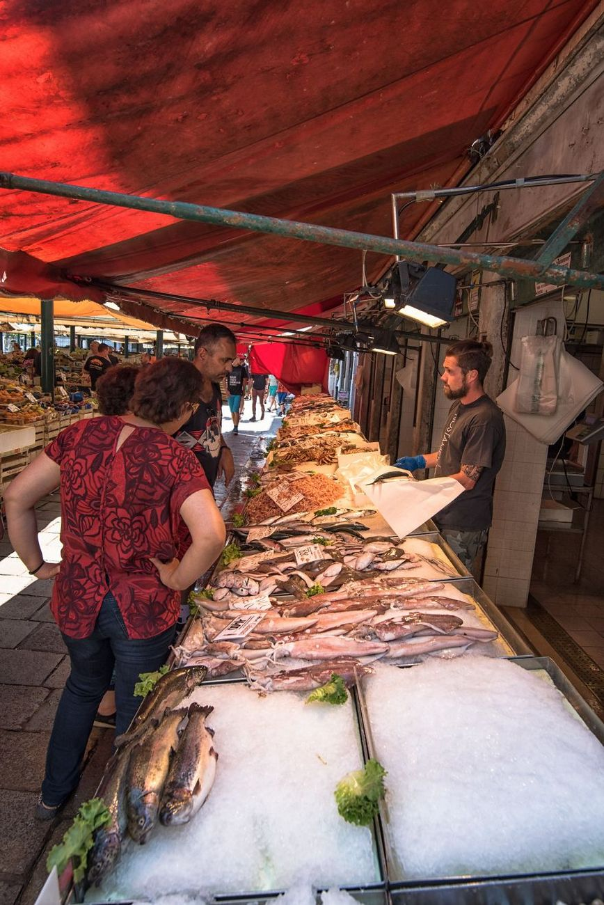 fish market venice venezia venice italy daily life photos photography trave 30