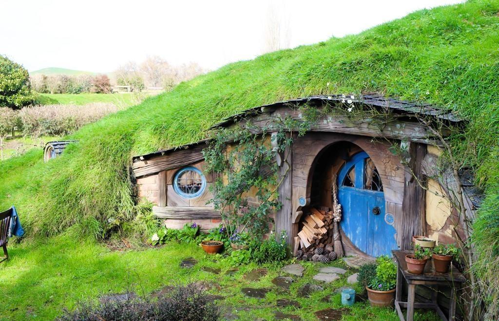 Wonderland Of The Dwarves In New Zealand Hobbiton Fairy