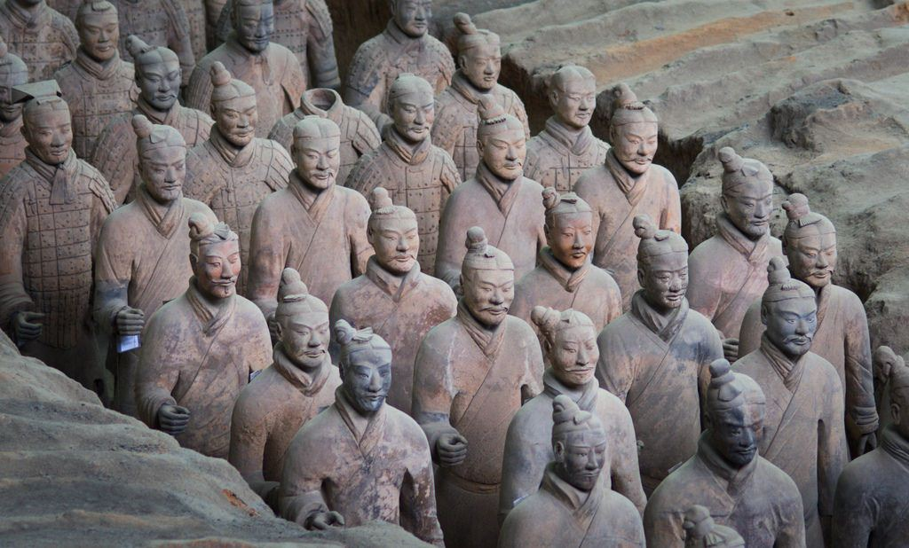 terra-cotta statues of the legendary soldiers qin shi huang tomb 2