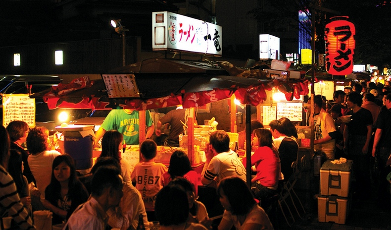 fukuoka japan night street foods