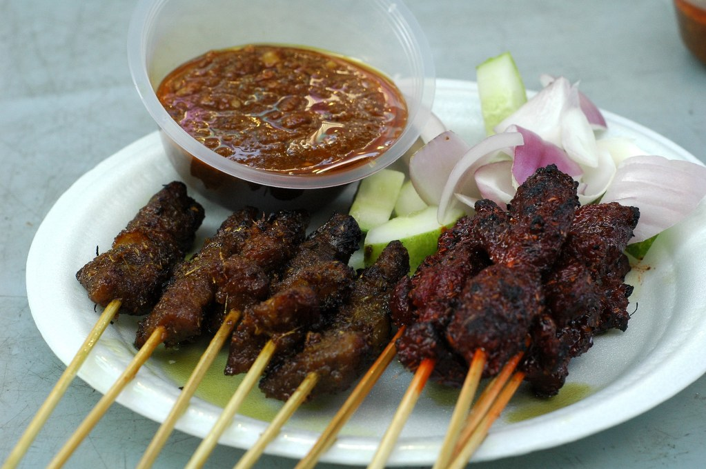 Satay singapore dishes to eat