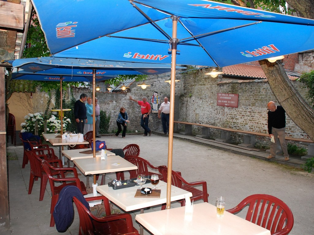 Cafe Vlissinghe, belgium, coolest beer gardens