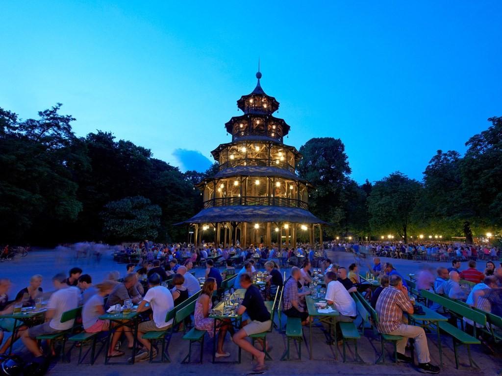 Chinesischer Turm, coolest beer gardens