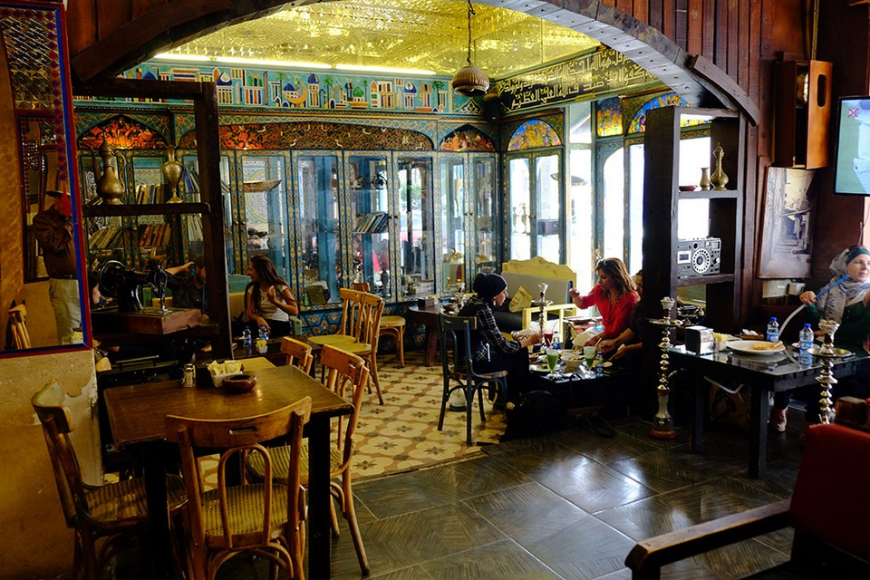 Inside-Cafe-in-Amman