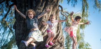family travel tips tricks traveling with kids children