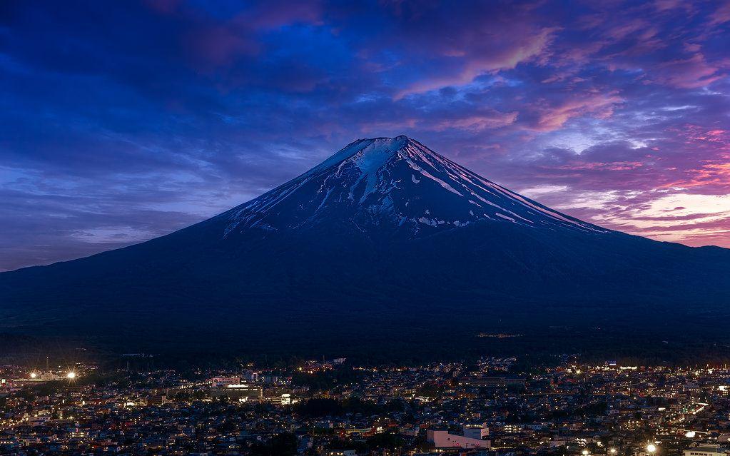 fuji mountain top spectacular beautiful mountains in japan
