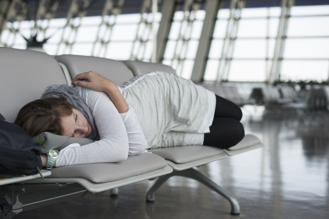 how to avoid jet lag tips 2