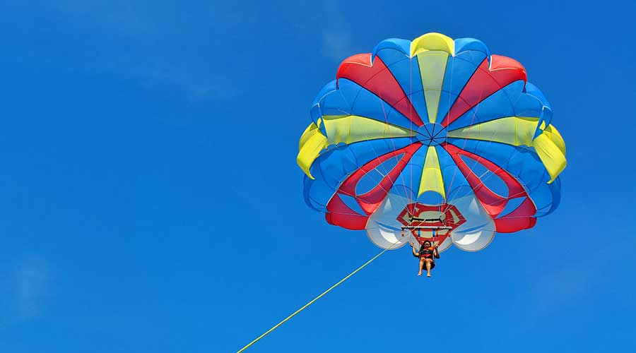 parasailing-boracay philippines things to do