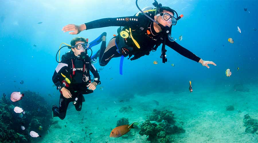 scuba diving-boracay philippines things to do