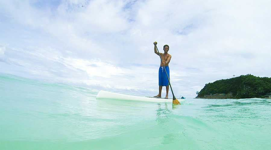 stand-up-padle-boracay Padde Standing philippines things to do
