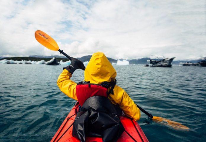 stunning alaska photo travel photography wild ice river ocean (3)
