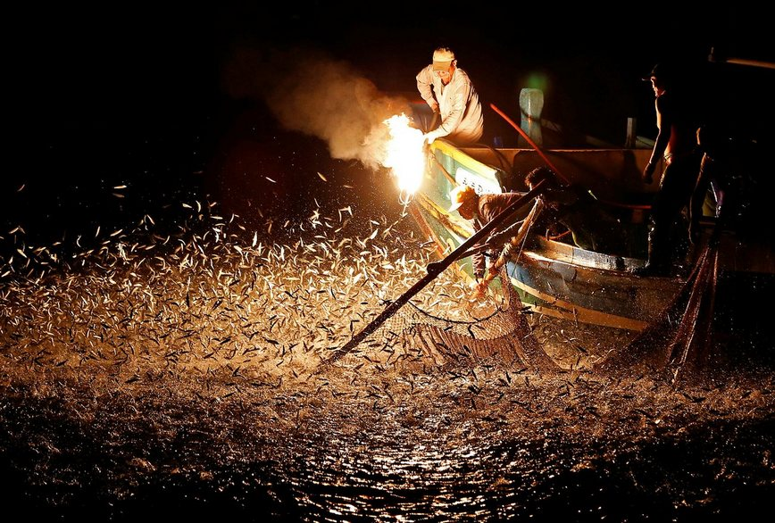 sulfuric fire fishing in Jinshan taiwan (30)