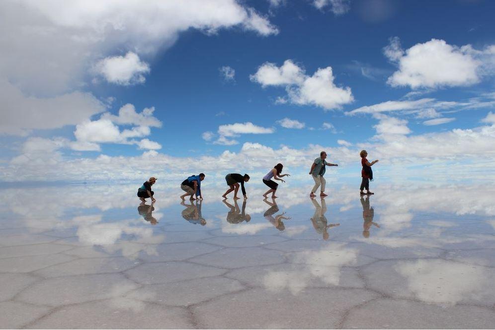 How to visit Salar de Uyuni – The world's largest salt pan ...