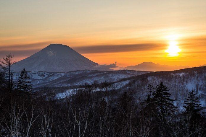 yotei mountain top spectacular beautiful mountains in japan
