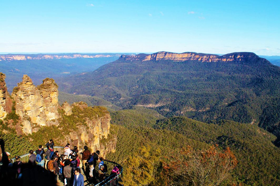 Three_Sisters_Blue_Mountains_Australia winter 2