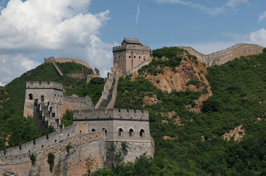 a history of great wall of china History-great wall of china map of the whole wall constructions the chinese were already familiar with the techniques of wall-building by the time of the spring and autumn period, which began around the 8th century bc.