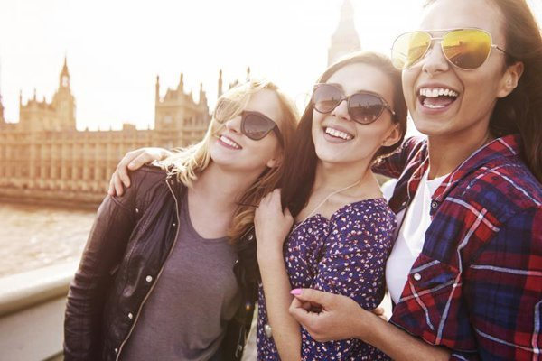make friend-travel tip-things to do at young age