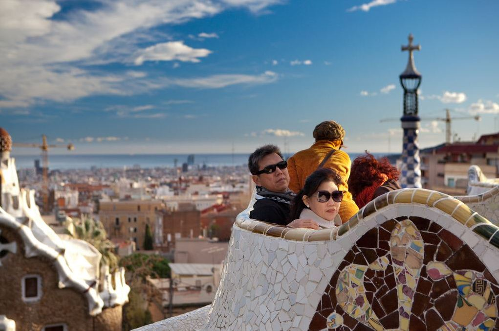 best time to come barcelona trip guide information