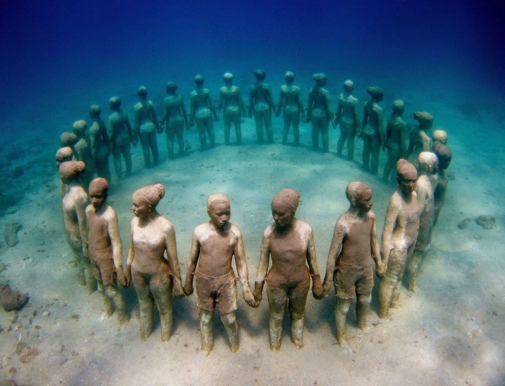 Viccisitudes statues population-Grenada, West Indies-most sculptures in the world